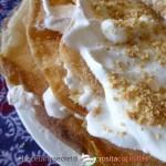 Pastela de crema y almendras