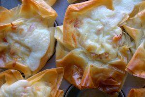 cestitas de bacon y queso