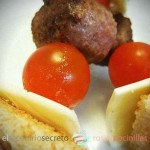 Minihamburguesas en brocheta